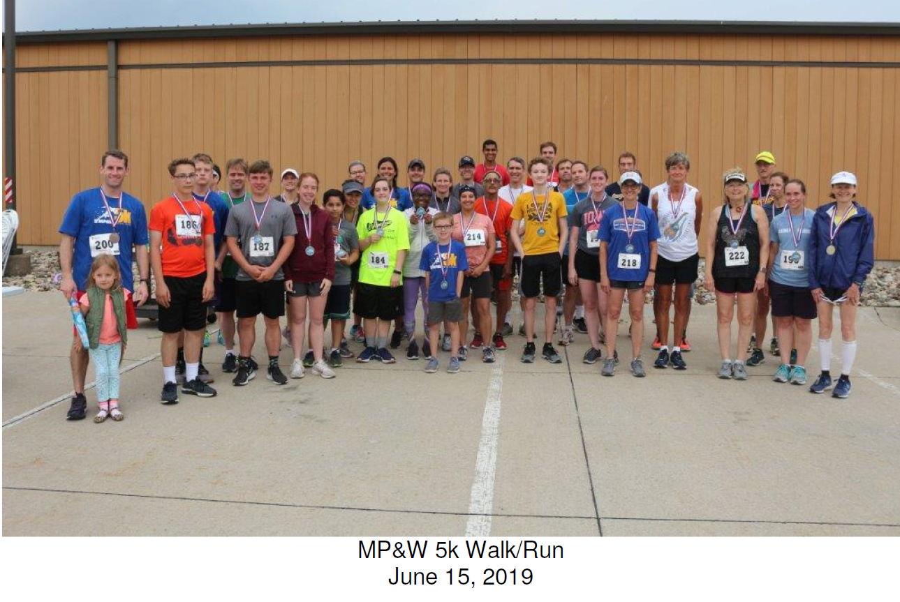 Group of people in running clothing