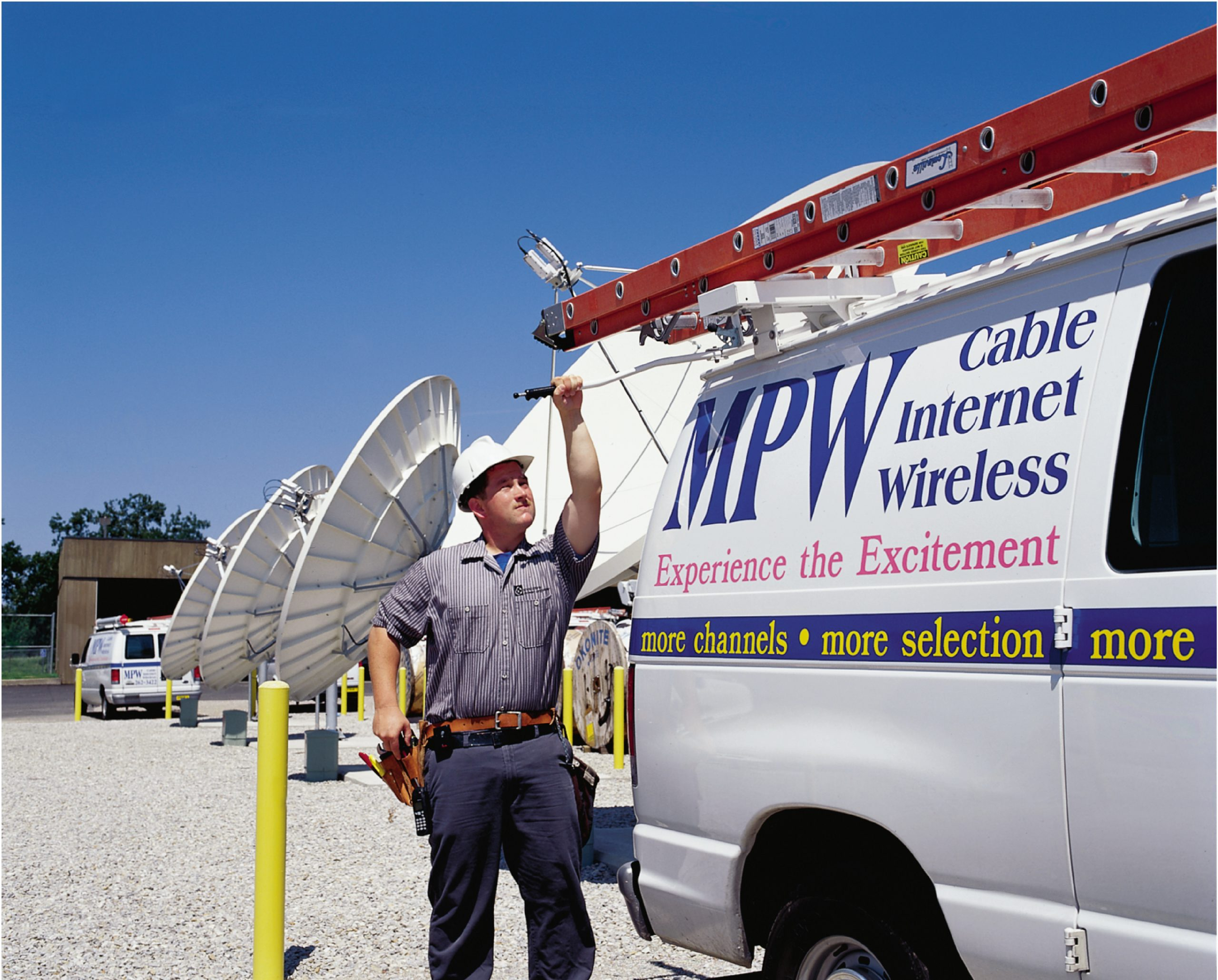 cable tv technician by vehicle